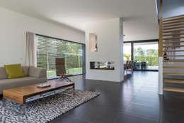 Salas de estar modernas por 2architecten