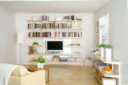 scandinavian Living room by Elfa Deutschland GmbH