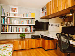 Oficinas de estilo industrial por CASA CALDA