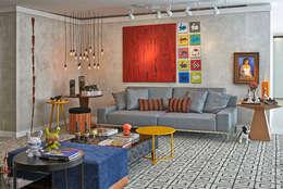 Salon de style de style Moderne par Haifatto Arq + Decor