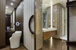Квартира на Ленсовета: Ванные комнаты в . Автор – Юдин и Новиков