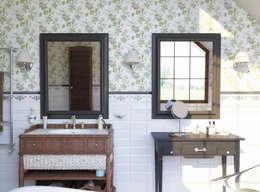 Волки: Ванные комнаты в . Автор – Brama Architects