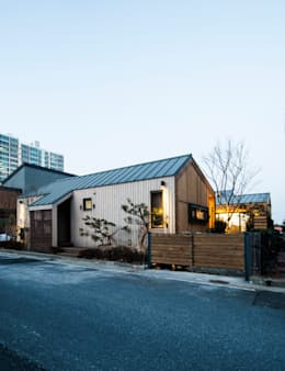 modern Houses by 비온후풍경 ㅣ J2H Architects
