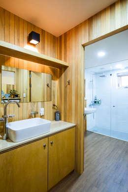 대전 하기동 단독주택: 비온후풍경 ㅣ J2H Architects의  화장실
