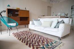 Salas/Recibidores de estilo mediterraneo por con3studio