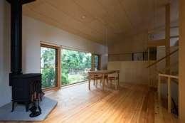 eclectic Living room by キタウラ設計室