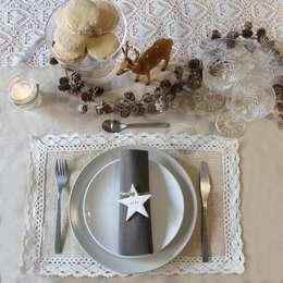 Comedor de estilo  por Nina Designs + Parties