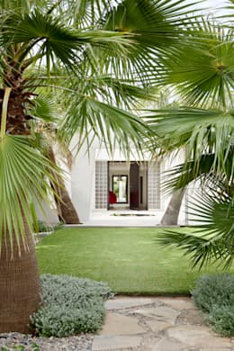 Villa C1: Maisons de style de style Moderne par frederique Legon Pyra architecte