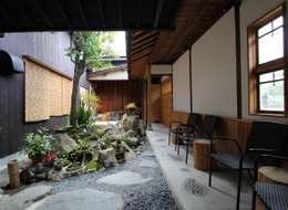 Terrazas de estilo  por 一級建築士事務所 さくら建築設計事務所