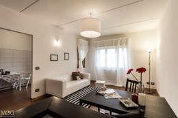 غرفة المعيشة تنفيذ Michela Galletti Architetto e Home Stager
