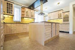 Кухня в . Автор – Piwko-Bespoke Fitted Furniture
