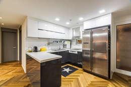 용인시 수지구 죽전동 성현마을 광명샤인빌아파트 (24평형): 아르떼 인테리어 디자인의  주방