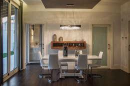 mediterranean Dining room by SENZA ESPACIOS