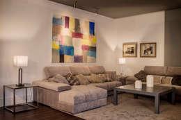 mediterranean Living room by SENZA ESPACIOS