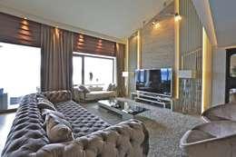 Kerim Çarmıklı İç Mimarlık – K.G Evi Arnavutköy: modern tarz Oturma Odası