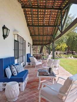 Projekty, wiejskie Domy zaprojektowane przez SA&V - SAARANHA&VASCONCELOS