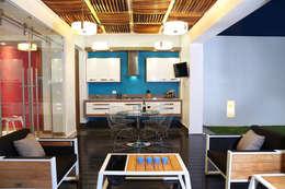 Terrazza in stile  di arketipo-taller de arquitectura