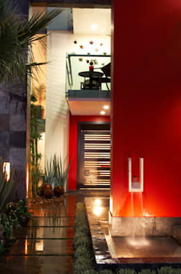ingreso: Casas de estilo moderno por arketipo-taller de arquitectura