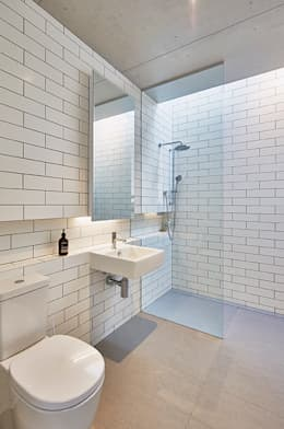 minimalistic Bathroom by Modscape Pty Ltd