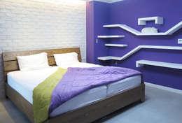 유니크&컬러풀 인테리어의 완성!: 필립인테리어의  침실