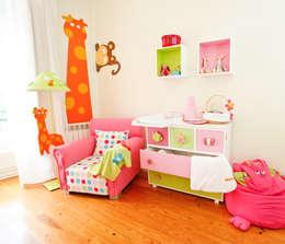 modern Nursery/kid's room by Cristiana Resina