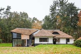 Maas Architecten: modern tarz Evler