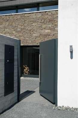modern Houses by Noesser Padberg Architekten GmbH