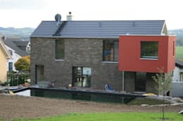 Projekty, nowoczesne Domy zaprojektowane przez Noesser Padberg Architekten GmbH