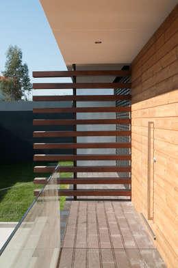 Maisons de style de style Moderne par Miguel Zarcos Palma