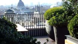 Projekty,  Ogród zaprojektowane przez Decorum . London