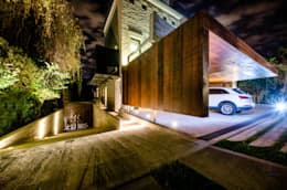 modern Garage/shed by BLOS Arquitectos