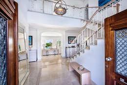 Interdesign Interiores: modern tarz Koridor, Hol & Merdivenler
