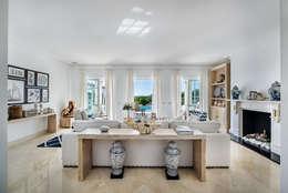 Sala de estar  por Interdesign Interiores