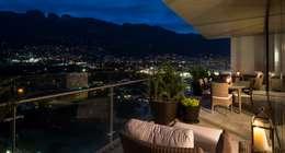 TERRAZA / BALCÓN: Terrazas de estilo  por Rousseau Arquitectos
