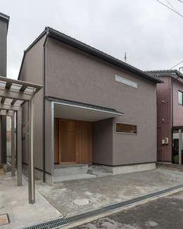 Maisons de style de style Minimaliste par 家山真建築研究室 Makoto Ieyama Architect Office