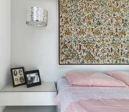 Residência T|R: Quartos  por VZ Arquitetas