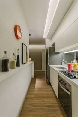 modern Kitchen by STUDIO LN
