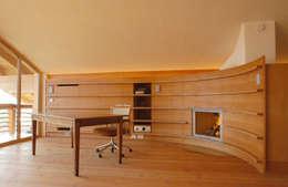 landelijke Woonkamer door em Architekten GmbH