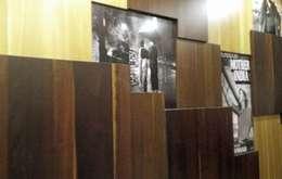 Wall Panelling:  Walls & flooring by Alaya D'decor