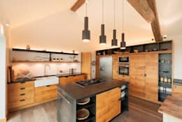 modern Kitchen by Trewin Design Architects