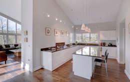 moderne Keuken door Trewin Design Architects