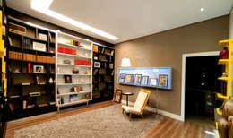 Espacios comerciales de estilo  por Tatiana Junkes Arquitetura e Luminotécnica