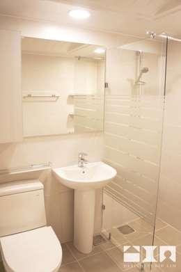 목동우성 아파트 리모델링 : DESIGNSTUDIO LIM_디자인스튜디오 림의  화장실