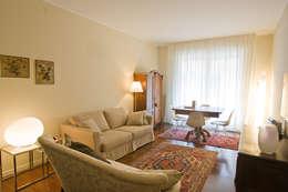 classic Living room by cristina mecatti interior design