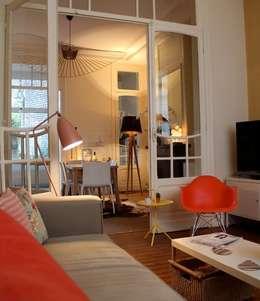 Décoration appartement 100m²: Salon de style de style Moderne par Céline Masson