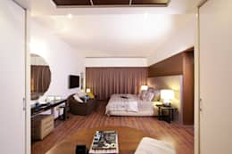 ABIL Experience Center - Castle Royale T4: modern Bedroom by Aijaz Hakim Architect [AHA]