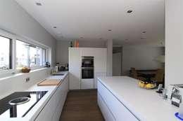 Projekty,  Kuchnia zaprojektowane przez Architekturbüro Ketterer