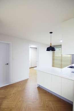 modern Dining room by Light&Salt Design