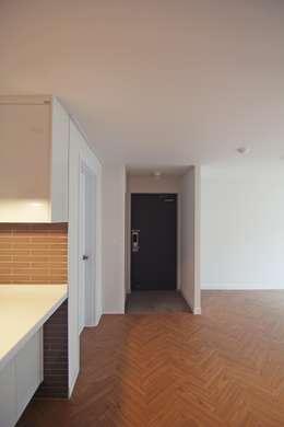 modern Living room by Light&Salt Design