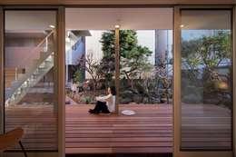 Terrace by アトリエ スピノザ